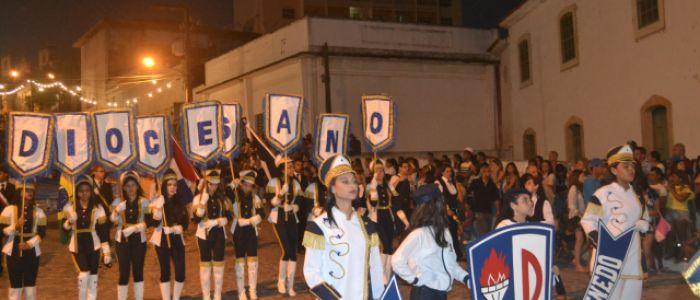 Escolas e instituições dão um show na avenida no desfile cívico de 7 de Setembro em Penedo