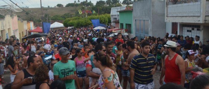 BH Folia encerra série de prévias carnavalescas em Penedo