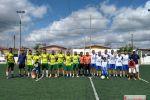 """Durante partida entre amigos, """"Futebol Solidário"""" arrecada agasalhos e alimentos em Penedo"""
