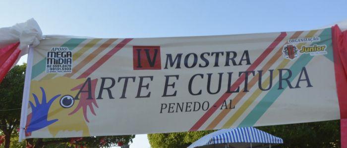4ª Mostra Arte e Cultura reúne artesãos na Praça Clementino do Monte, em Penedo