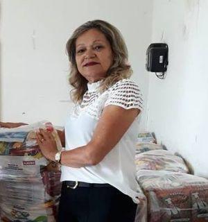 Ivanilde Regueira festeja idade nova nesta segunda, 21 de maio