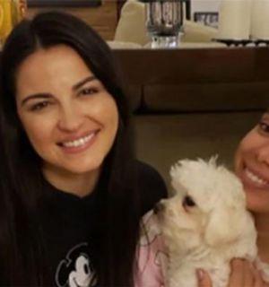 Anitta faz festa do pijama com ex-RBD Maitê Perroni