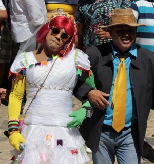 Véi de Petrolina celebra enlace matrimonial da Podderosa no Casamento do Matuto