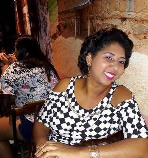 Lucilene Santos é a aniversariante desta sexta-feira, 12 de outubro