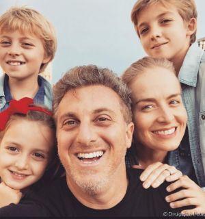 Luciano Huck comemora 14 anos de casado com Angélica: 'Muito amor e parceria'