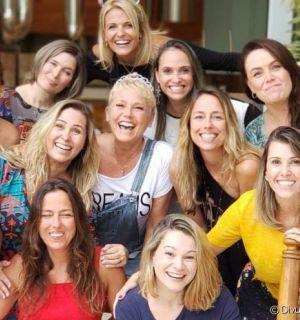 Xuxa Meneghel mostra reunião com ex-paquitas em foto: 'Amei encontrar'