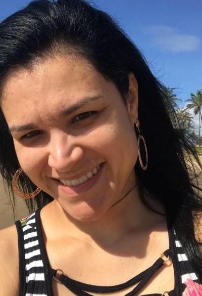 Nesta segunda-feira, 12 de novembro, quem festeja idade nova é Andreza Ferreira