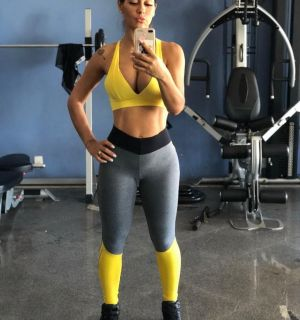 Mayra Cardi retoma treinos após nascimento de Sophia: 'Voltando à velha rotina'