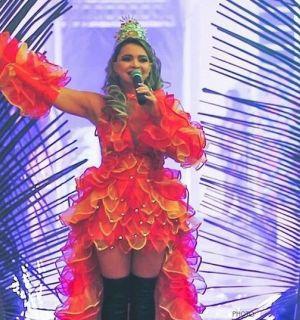 Marta Martins realiza baile de confraternização e surpreende público em Penedo