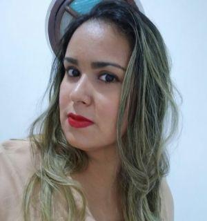 Giselle Marinho é a festejada desta segunda-feira, 10 de dezembro