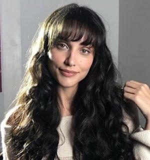 Débora Nascimento explica silêncio após separação: 'Não expor mais uma mulher'