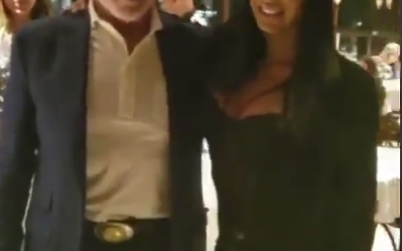 Gracyanne Barbosa janta com Arnold Schwarzenegger em São Paulo