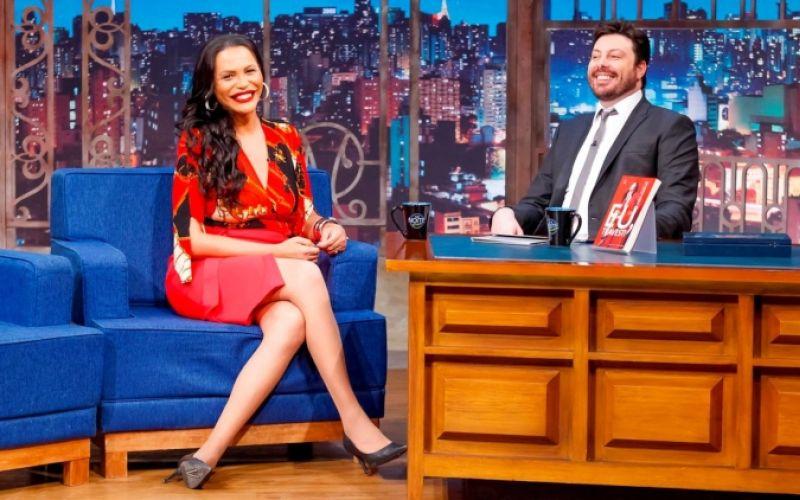 Em abril, The Noite foi o programa fora da Globo que mais ficou em 1º lugar