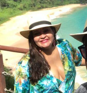 Laucha Santos comemora idade nova neste 17 de maio
