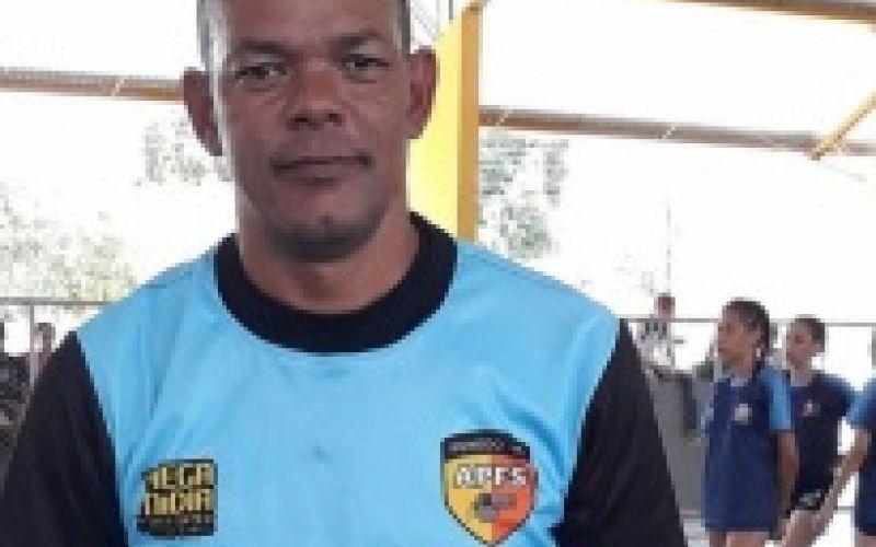 Professor Firmino Souza é o festejado desta quarta-feira, 29