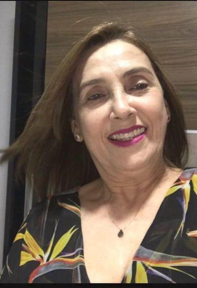 Médica Solange Beltrão festejou mais um aniversário em Penedo