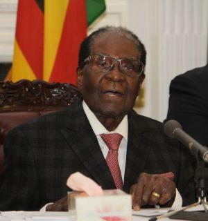 Morre aos 95 anos Robert Mugabe, ex-presidente do Zimbábue