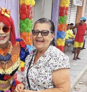 Ubaldina Regueira festeja 77 anos nesta sexta, 18, em Penedo