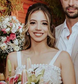 Dentista Marina Viana comemora idade nova em Penedo