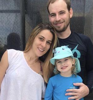 Marcela Lopes comemorou idade nova com amigos e familiares