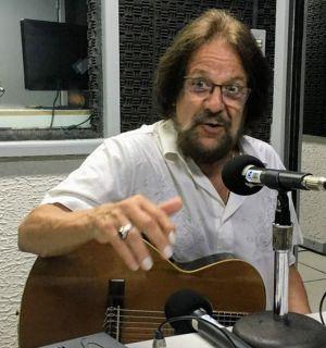 Morre, aos 69 anos, o cantor e compositor Tunai