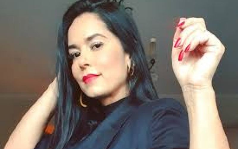 Priscila Nocetti, ex-apresentadora da 'Furacão 2000', sofre infarto aos 38 anos