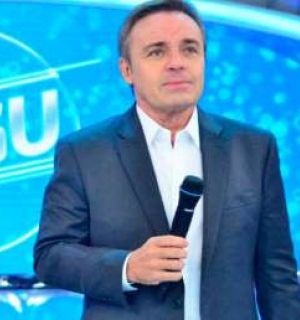 Suposto companheiro de Gugu Liberato apaga rede social que usava para interagir com o apresentador