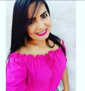 Rejane Santos festeja mais um ano de vida nesta segunda-feira, 16
