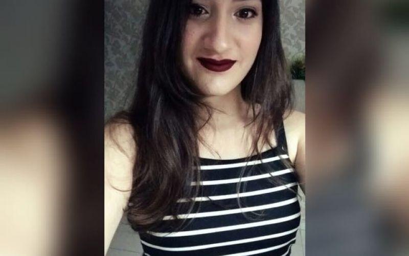Estudante Laryssa Cristine festeja mais uma passagem natalícia
