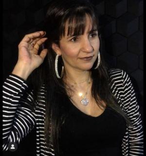 Empresária Zenaide Ferreira comemora idade nova em Penedo