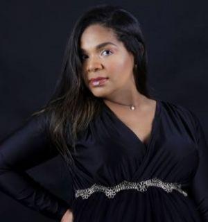 Pollyana Silva comemora idade nova nesta segunda, 24 de agosto