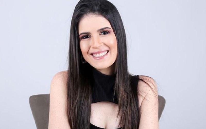 Advogada Karol Toledo festeja aniversário nesta terça-feira (20) em Penedo