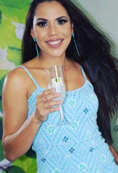 Terapeuta Capilar Caroline Ferreira é a aniversariante do dia em Penedo