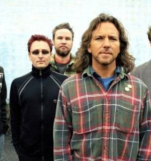 Ingressos para shows do Pearl Jam no Brasil já tem setores esgotados
