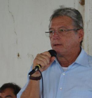 Governador Teotonio Vilela entrega novo residencial em Penedo