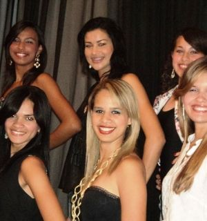 Candidatas ao Miss Penedo 2011 são apresentadas ao público