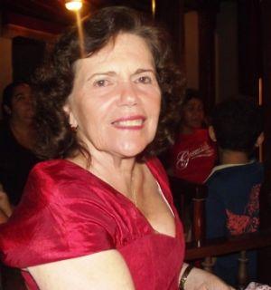 Alita Andrade esbanja simpatia durante evento em Penedo