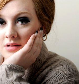 Segunda a assessoria, Adele não está com câncer na garganta