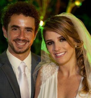 Humorista Felipe Andreoli se casa em São Paulo