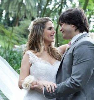 Paulo Ricardo se casa cercado de famosos em SP