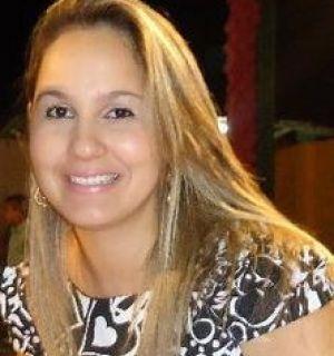 Primeira-dama Juh Carozo Santana comemora aniversário