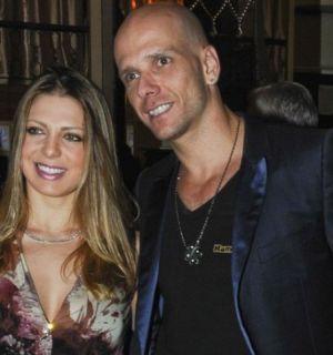 Sheila Mello confirma que está grávida de uma menina