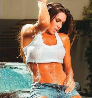 Nicole Bahls detona Luana Piovani no Twitter
