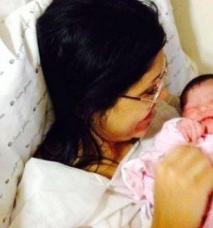 Bailarina do Faustão já é mamãe e divulga foto da filha no Instagram