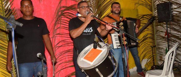 Forró do Santo Antônio anima noite de moradores do Barro Vermelho