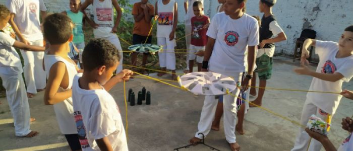 Voluntários proporcionam dia especial para crianças do Grupo Mandigueiro de Penedo