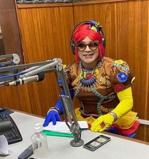 "Gilvan Gomes, que interpreta a personagem ""Podderosa"" festeja idade nova"