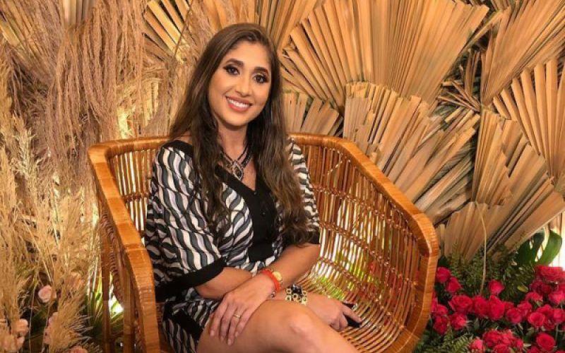 Grisiely Leal comemora mais uma primavera em Penedo