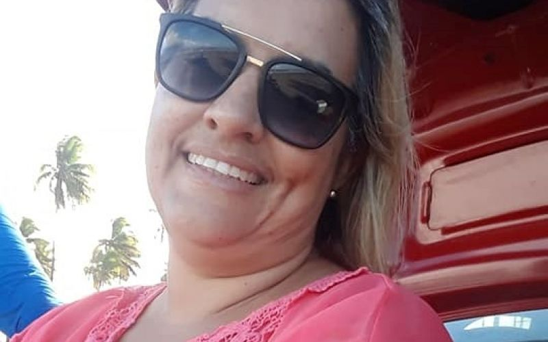 Pedagoga Viviane Lyra completa idade nova nesta quarta, 14, em Penedo