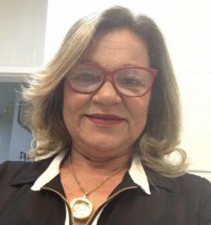 Ivanilde Regueira festeja idade nova em Penedo